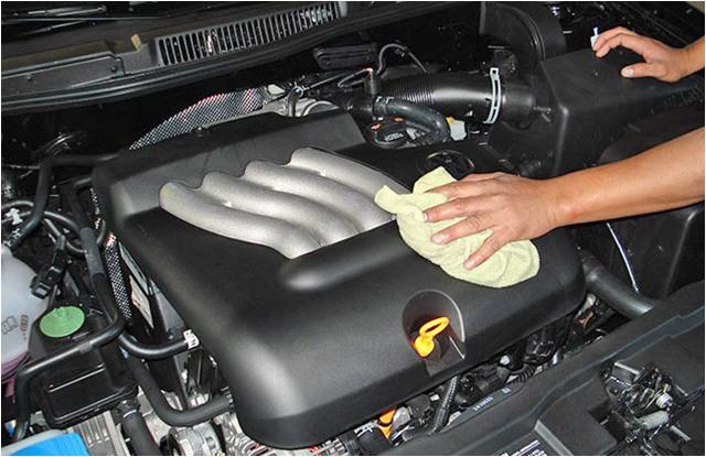 car-detailing-engines